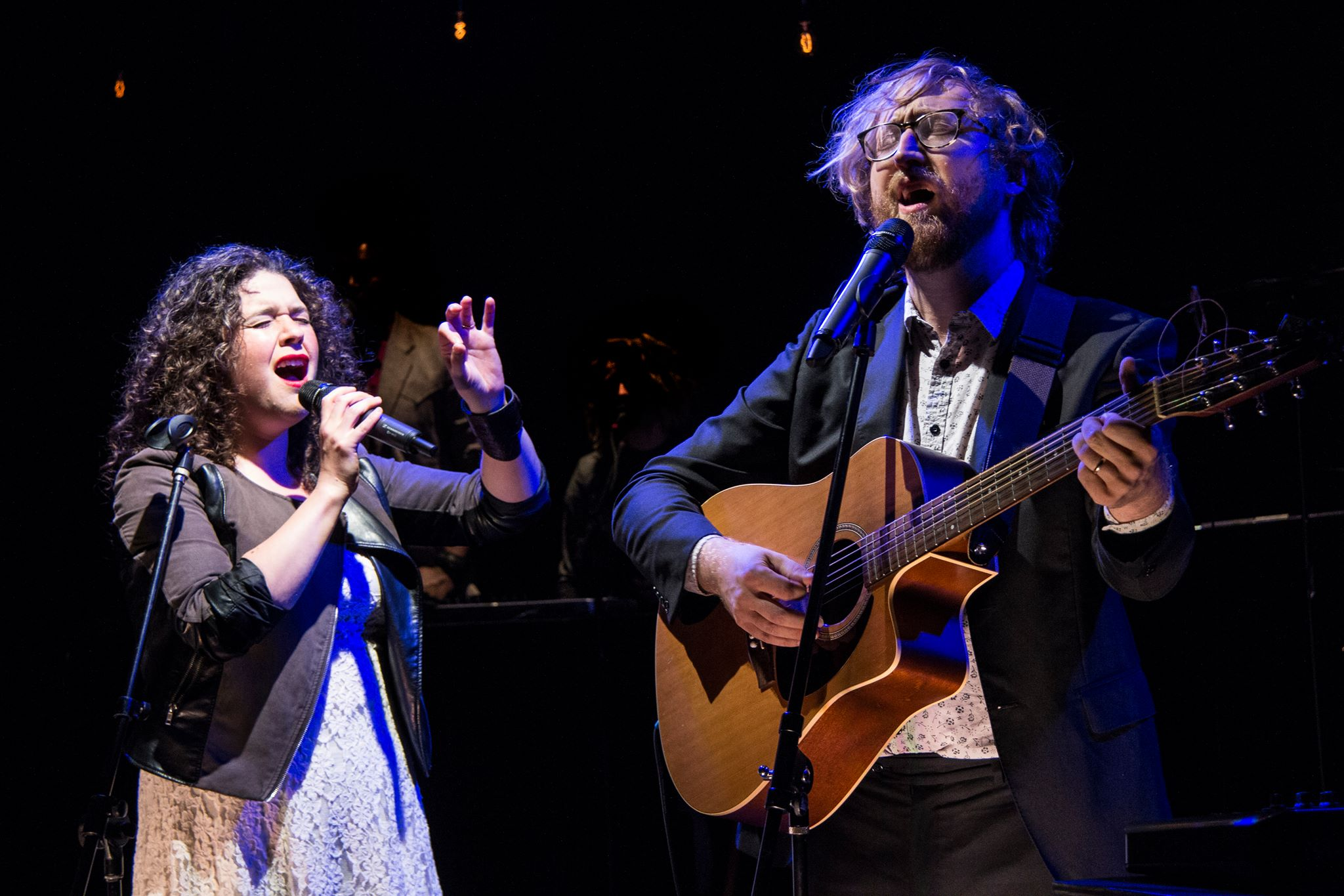 """The Bengsons Tell Story of Romance With Indie-Folk in """"Hundred Days"""""""
