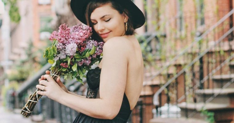 Meet Lauren Pfieffer, Mixing Vintage Fashion With Personal Growth
